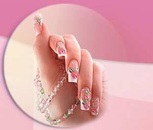 Sơn và dùng móng tay giả có hại tới sức khoẻ
