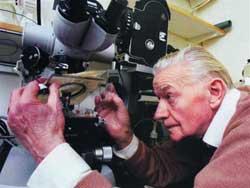 Lennart Nilsson: Nhà nhiếp ảnh của cõi vô minh