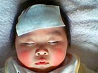 Làm gì khi trẻ bị sốt virus?