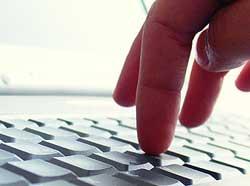 Phần mềm kiểm soát máy tính là con dao hai lưỡi