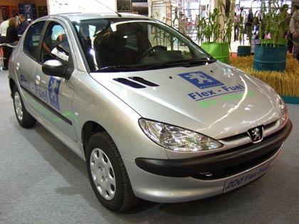 Pháp cho phép chạy xe bằng nhiên liệu sinh học