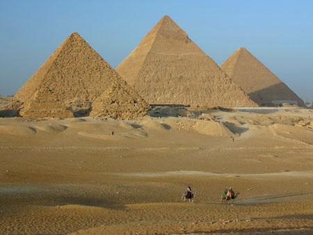 Kim tự tháp Ai Cập được xây dựng như thế nào?
