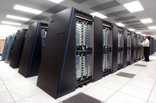 Mỹ đua xây dựng siêu máy tính với Trung Quốc