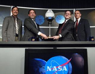 """""""Sinh vật lạ"""" của NASA chỉ là """"tào lao""""?"""
