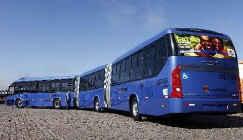 Chiếc xe buýt dài nhất thế giới