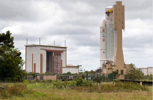 Video phóng vệ tinh VINASAT-2 đi vào không gian