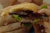 Video: Sản xuất thịt nhân tạo từ … phân người