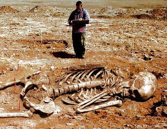 """Nghĩa địa """"người ngoài hành tinh"""" ở châu Phi"""