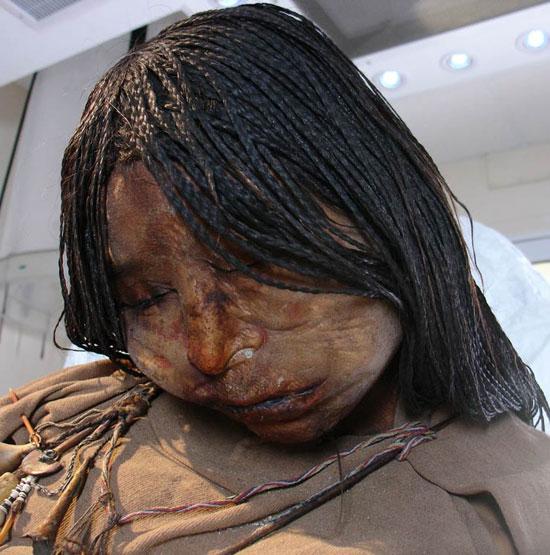 Trinh nữ mắc bệnh lao trước khi bị hiến tế