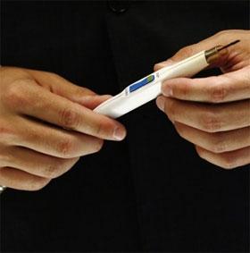 Anh chế tạo dao mổ nhận diện được khối u ung thư