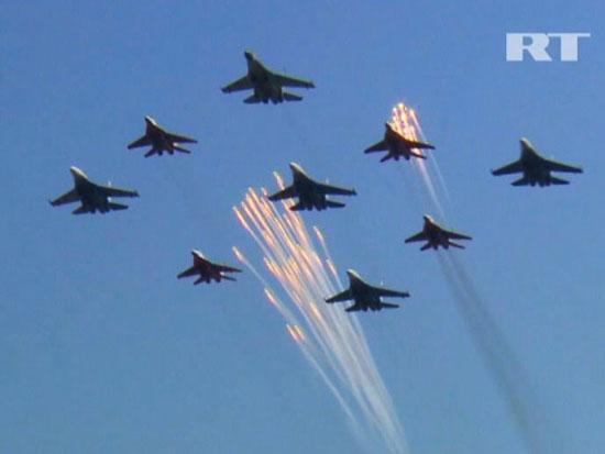 Video: Màn biểu diễn bay ngoạn mục của MAKS-2011