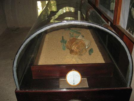 Bí mật trong những ngôi mộ cổ được khai quật tại Việt Nam