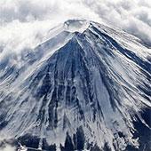 Nhật Bản tố Trung Quốc làm ô nhiễm núi Phú Sĩ