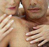 Phụ nữ mê đàn ông gầy hay cơ bắp?