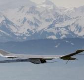 Máy bay quang năng vòng quanh thế giới