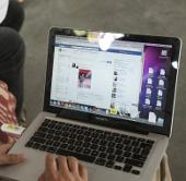 Dùng Facebook có nguy cơ giảm khả năng tự kiểm soát
