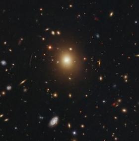 Những phát hiện ấn tượng nhất về vũ trụ năm 2012 (2)