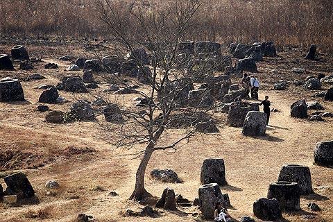 Cánh đồng Chum - điểm khảo cổ nguy hiểm nhất thế giới