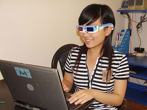 Coi chừng hỏng mắt vì kính xem phim 3D
