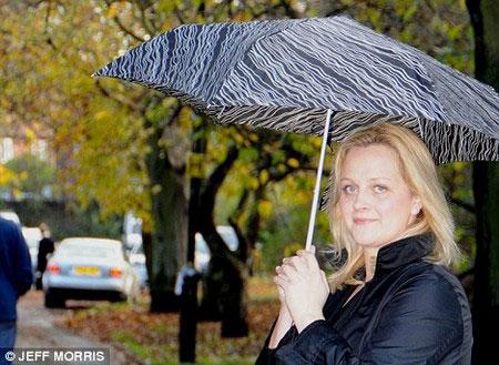 Người phụ nữ dự báo được mưa, bão nhờ... đau đầu