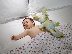 Ngủ sớm và đủ giấc giúp trẻ tránh bệnh trầm cảm
