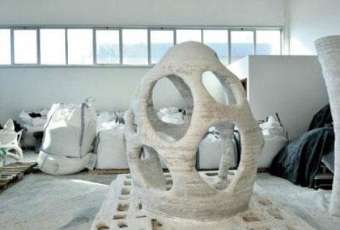 Máy in 3D dùng mực làm từ cát và keo