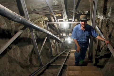 Đường hầm bí ẩn của vua Ai Cập