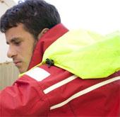 Áo khoác nhận tin nhắn dành cho lực lượng cứu hộ