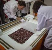 Thụy Điển trả lại tấm vải liệm thời tiền Inca cho Peru