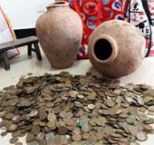 """Phát hiện """"kho báu"""" hơn 12.000 đồng tiền xu cổ"""