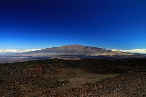 Núi nào có độ cao tuyệt đối nhất thế giới