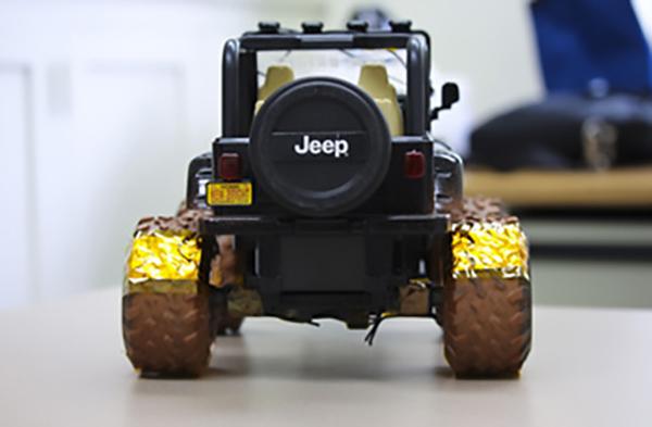 Máy phát điện giúp thu thập điện trong quá trình xe vận hành