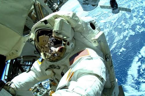 Tạo lá chắn từ trường giống Trái Đất cho tàu vũ trụ