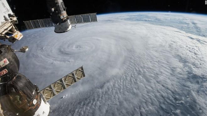 Những thảm họa tự nhiên nhìn từ vũ trụ