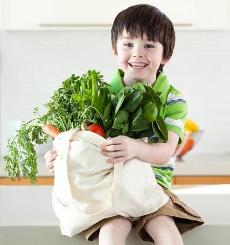 Chế độ ăn uống giúp trẻ tăng chiều cao và cân nặng