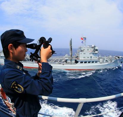 """Vật liệu mới giúp tàu chiến Trung Quốc """"thống trị"""" biển cả"""