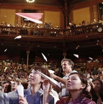 Nghiên cứu nụ hôn mãnh liệt đạt giải Ig Nobel 2015
