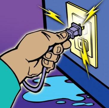 Phòng tránh tai nạn khi sử dụng thiết bị điện trong mùa mưa bão