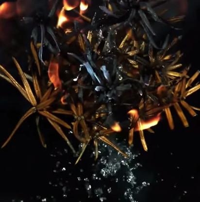 """Thí nghiệm """"nước lạ"""" giúp dập lửa nhanh và hiệu quả chưa từng thấy"""