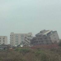 2 tòa nhà bị chôn vùi vì lở đất ở Trung Quốc, làm 59 người mất tích