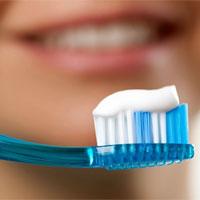 Sáng vừa ngủ dậy bạn đã đánh răng ngay? Đừng làm như vậy nhé