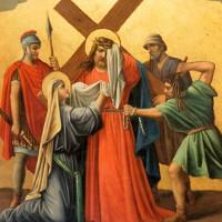Bí ẩn về khả năng chữa bệnh của chiếc khăn lau mặt Chúa Jesus