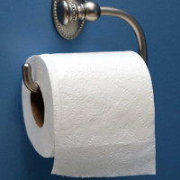 Tìm thấy bằng sáng chế cuộn giấy vệ sinh cách đây 124 năm