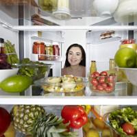 Có nên chờ đồ ăn nguội mới được cho vào tủ lạnh?