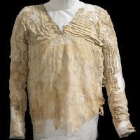 Chiếc áo 5000 năm trước giống hệt trang phục hiện đại