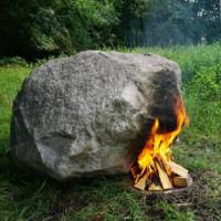 Bí ẩn hòn đá tự phát ra Wifi khi đốt nóng