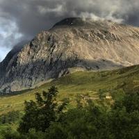 Ben Nevis - đỉnh núi cao nhất nước Anh tăng thêm một mét