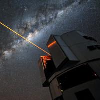 Áo tàng hình tia laser giúp Trái Đất trốn người ngoài hành tinh