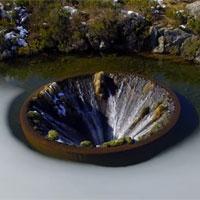 Hố nước tuyệt đẹp giữa lòng hồ ở Bồ Đào Nha