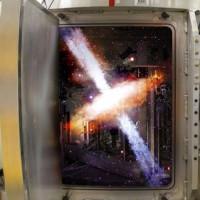 Vũ trụ thu nhỏ ra đời trong phòng thí nghiệm